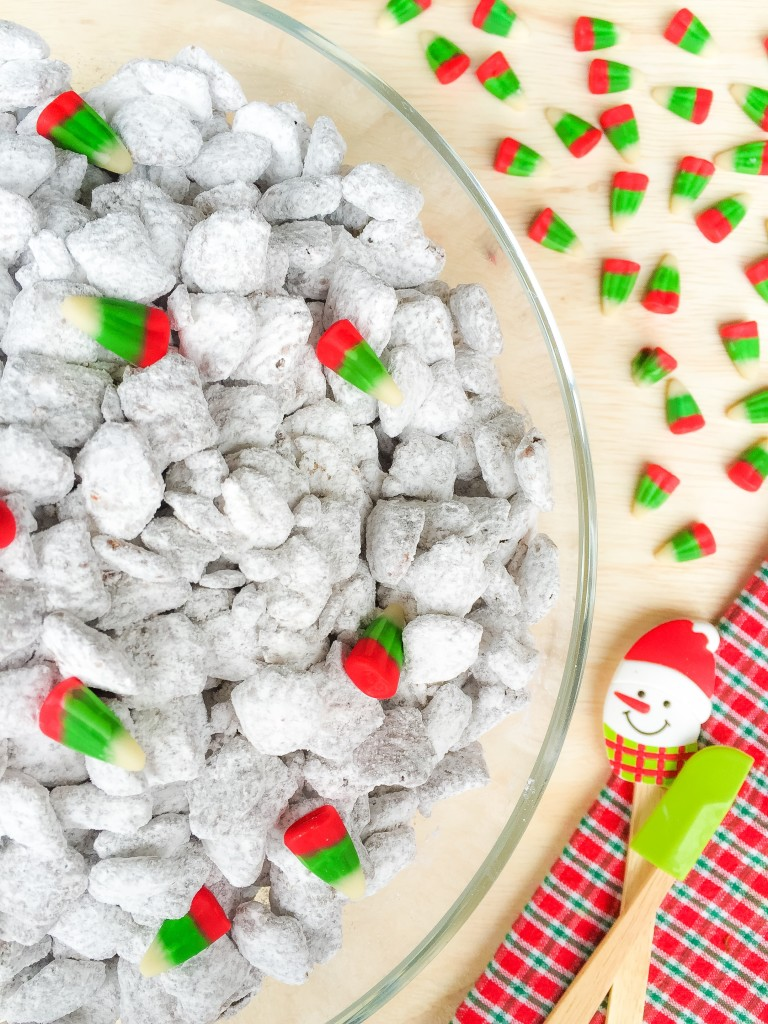 Christmas Puppy Chow.Puppy Chow